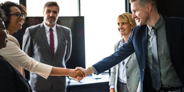 Abschluss eines Vertrages einer Vermögensverwaltung für Gewerbeimmobilien