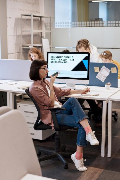 Produkte an die Bedürfnisse der Kunden anpassen ist entscheidend im B2B und B2C Bereich